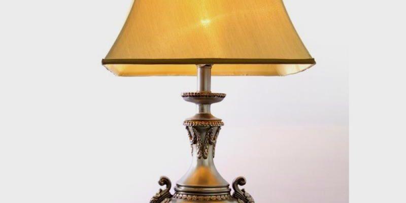 История настольной лампы продолжается на «Территории света»…