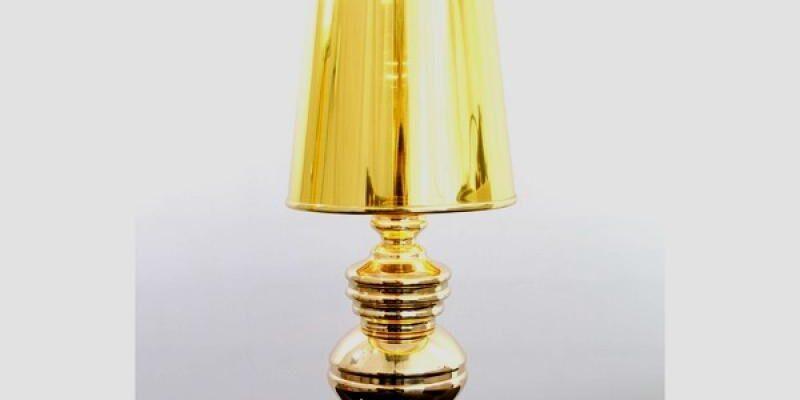 Маленький светильник – большие амбиции